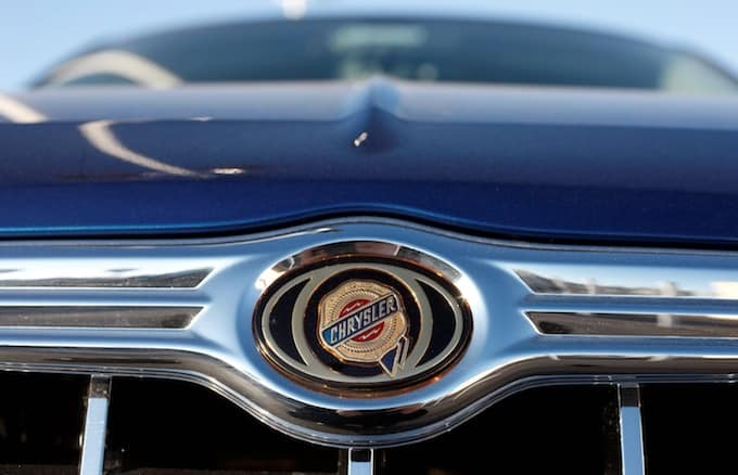 Chrysler rolls out more large investments in Mexico