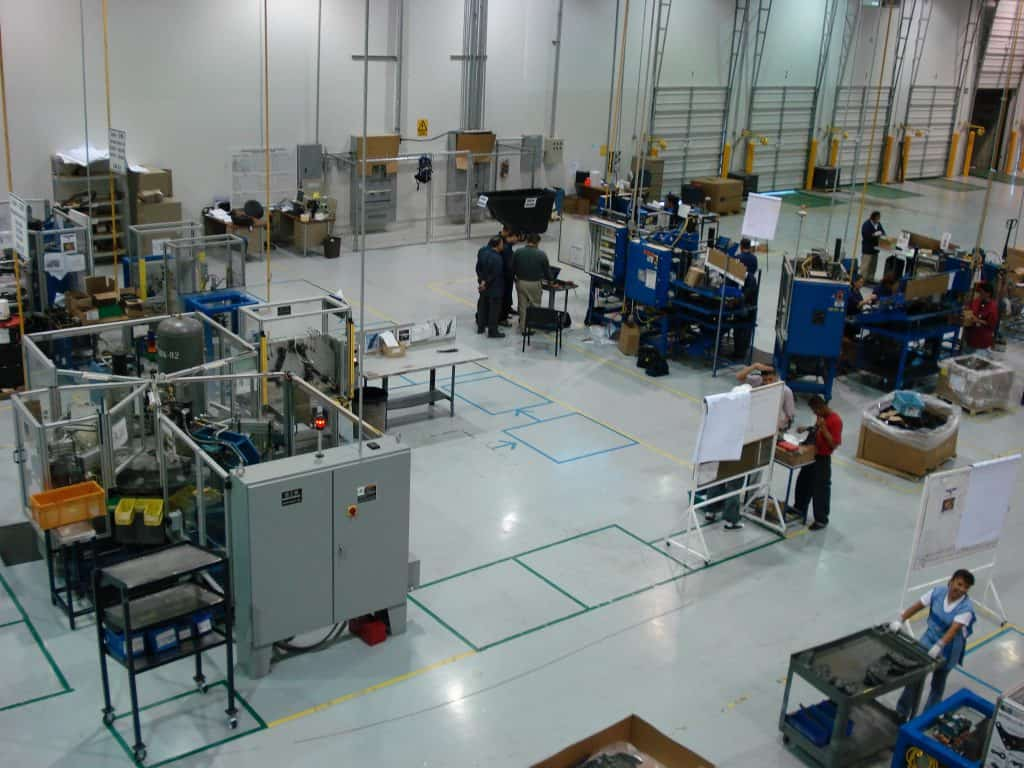 manufacturing in Mexico - People working in on of Tecma's Mexico shelter companies