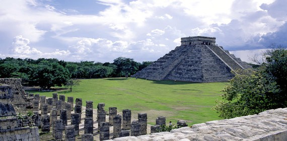 Mexican manufacturing and other economic activities in the State of Yucatan